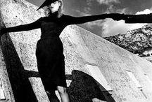Photographer : Helmut Newton ...