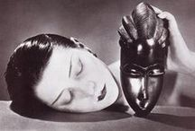 Photographer : Man Ray ...