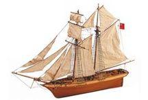 Classic Collection / Una selección de los barcos más clásicos de nuestra colección. // A selection of the classic ships from our collection.