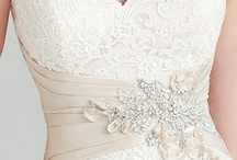 All About  Weddings  / by Milena Trejos