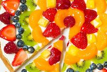 Fruit Desserts / Nature's finest, made even finer! A collection of fruit treats that's destined to please even Mother Nature herself!