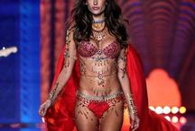 Victoria's Secret / Victoria's Secret Fashion Show, Angels, Lingerie