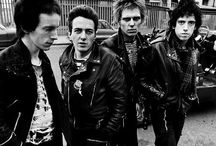 Beautiful Punks- Style & Attitude / 1970s London & NYC Punk Movement