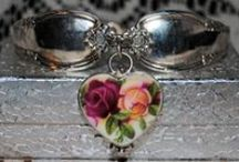 Beautiful Gifts for Women / Beautiful, Feminine Gifts for fans of Romance, Victoriana and Tea!