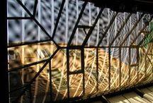 Area Botta / L'intervento di Mario Botta definisce un rinnovamento profondo della sede della Fondazione Querini Stampalia e prende il via dall'acquisizione di alcuni immobili limitrofi allo storico palazzo. Tale ampliamento comporta la riorganizzazione dell'intero complesso e inizia a prendere forma dalla fine del 1994.