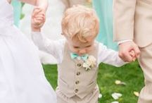 C U T E B U T T O N S / Inspiration for flower girls and ring bearers for your wedding day.