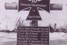 """Krieg & Frieden / Ein überlebender österreichischer Stalingradkämpfer sagte einmal zweideutig und treffend:  """"Wenn es ums Sterben geht, möchte ich in Stalingrad sein. Dort hat man darin Erfahrung."""""""