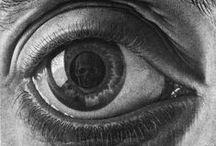 Curiosidad. Curiosity / Prefiero que mi mente se abra movida por la curiosidad a que se cierre movida por la convicción. I prefer that my mind is opened out of curiosity to be moved by the conviction closure. / by Silvia