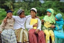 Colours of Indonesia / by Rina Yuwono