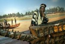 Romuald Hazoume (ur. 1962) / Artysta z Republiki Beninu.