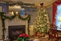 Christmas at Arrowhead Inn / Visit the Inn during the holidays for a warm and cozy festive feel without having to unpack all of your holiday decor!