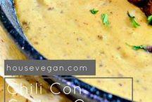 Vegan Football Food / Vegan snacks to enjoy at game watch parties, football parties, or while vegan tailgating!