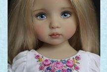 little pretty dolls / dolls