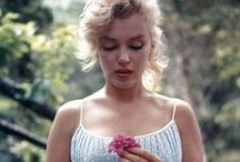 ICONS - Marilyn Monroe