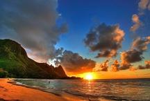 Hawaiian Beaches / Beautiful and scenic Hawaiian beaches for your romantic getaway
