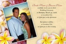 Tropical Invitations / Impress your guests with these tropical and Hawaiian personalized wedding invitation cards