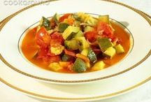 Zuppe e minestre / Soups and broths