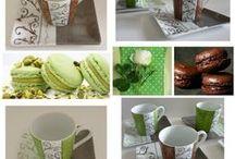 L'instant café, l'instant plaisir  / Des  mugs et services en porcelaine pour  le café , thé ou chocolat .