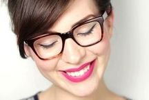 MAKE UP TIPS / Don't leave home without your glasses or your makeup! Flawless looks that will make four eyes a fashion statement.