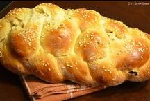 Jewish Food / We all have our favorite foods, here are some of ours!