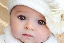 Зеркало души. / Есть такие глаза на свете, что взглянув, умереть не жалко… Даже если Солнце не светит, в них посмотришь - и станет жарко… И с рожденья их ищут люди… И в тепло и когда ненастье… Те глаза у того, кто нас любит… Это в них отражается... Счастье!!!
