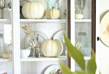 Thanksgiving / All things Thanksgiving. Planning Thanksgiving. Thanksgiving travel. Thanksgiving centerpiece. Thanksgiving dinner. Thanksgiving tradition. Thanksgiving crafts.