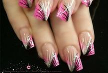 Na-Na-Nails / More special occasion dresses at http://goo.gl/tKOxnT