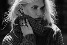 • Knit