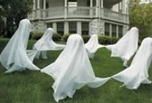 Crafts: Halloween / by Samantha Winfree