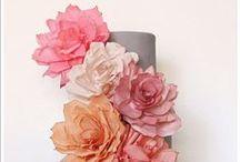 Crafts: Flower DIY / by Samantha Winfree