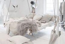 White Wonderland / http://newcastlekitchenandbedroomco.co.uk