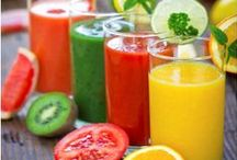 Smoothies and healthy goodness / Healthy recipes and ideas to keep me on track