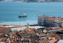 Lisbon  beautiful city / by Aurora Dias