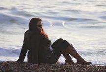 """Encontros e Descontros / Foram muitos encontros fantásticos, encontros que fizeram minha alma elevar-se as alturas e se entregar aos braços da paz  e da alegria, assim como também ocorreram alguns desencontros, que fizeram minha alma descer as profundezas da dor e da tristeza. E como diz Ana Jácomo """"Depois de tantas buscas, encontros, desencontros eu só quero..."""