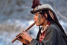 Kalashi / #Kalash #Kalashi The Kalasha (Kalasha: Kaĺaśa, Nuristani: Kasivo) or Kalash, are a Dardic indigenous people residing in the Chitral District of Khyber-Pakhtunkhwa province of Pakistan. They speak the Kalasha language, from the Dardic family of the Indo-Iranian branch, and are considered a unique tribe among the Indo-Iranian peoples of Pakistan