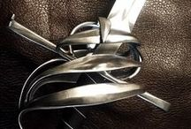 Swords / Antiques.Unique.Daggers.Knives.Swords.