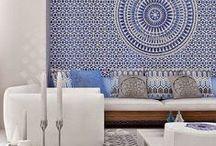 Orientalny design / Etno, arabeski, styl marokański czy indyjski... Inspiracje Orientem łączy jedno: nie można się w nim zakochać od pierwszego wejrzenia. Jakie dobrać do niego dekoracje? Wejdźcie i zainspirujcie się!