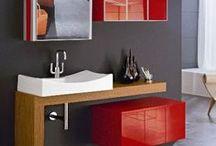 Arredo caldo- Total Red / Idee d' arredamento piccanti, una bella soluzione d'effetto perfetta anche per un ambiente piccolo o privo di illuminazione naturale.