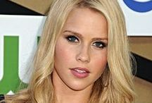 Unknown female - Claire Holt