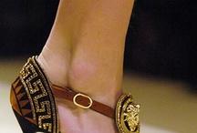 Pretty Feet / by Mary Carman-Bukhari