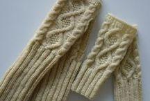Knitting patterns & tutorials [+ some crochet] / by Mouksi