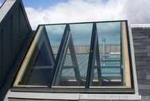 Light: Ridgeglaze / Ridgeglaze: lichtstraat voor in de nok van het dak.