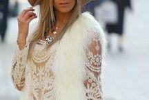 Modne trendy-outfity.