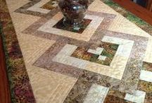 Patchwork table runners & tablecloths& bed runners