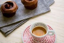 Coffee & Desserts / Mouth-watering images of food ideas that pair perfectly with illy coffee.