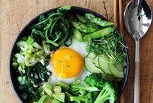 ASTRID - Les beaux plats / Les recettes de cuisine qui font mouche à table.