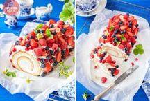 """Kuchen mit Beeren - very berry cake ideas / Unsere Kuchen tragen die süßesten Outfits des Sommers – der Beeren-Look lässt eure Herzen höher schlagen und ist in """"Null-Komma-nix"""" gezaubert!"""