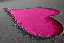 Pretty In Pink / Wir lieben Pink! Entdeckt die schönsten Dessous unserer Lieblingsfarbe.