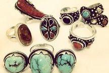 Bisutería~Joyas / Anillos, pulseras, collares, bisutería y joyas