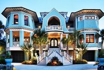 Amazing Houses / Fabulous houses  / by anne